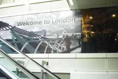 Heathrow_airport.jpg